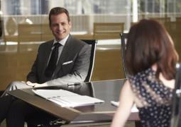 Suits S05E06 online